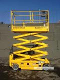 Where to rent SCISSOR LIFT 2632ES haulotte in Longmont CO